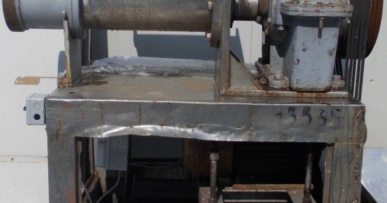 Masina de tocat carne congelata / concasor oase – 200 mm